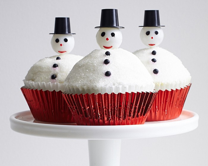 How-to Make an Easy Melted Snowman Christmas Cupcakes
