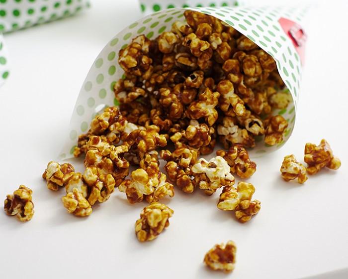 Gingerbread Caramel Corn Recipe