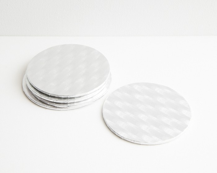 4 round silver foil cake board drums