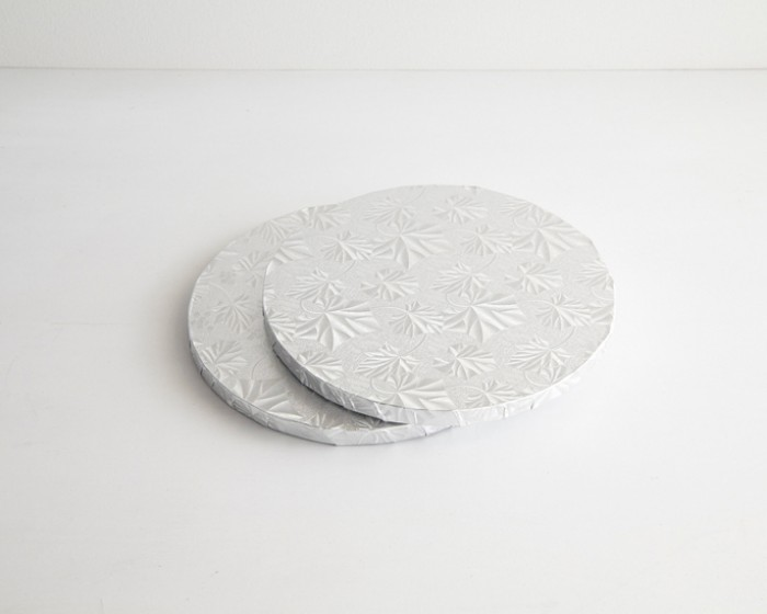 8 round silver foil cake base board drums