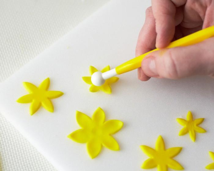 How To Make Fondant Blossoms Step x Step