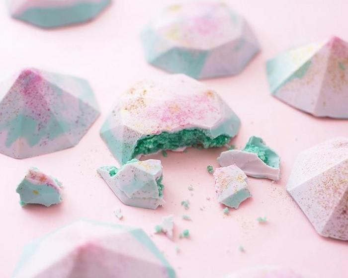 How To Make Modern Mini Gem Cakes