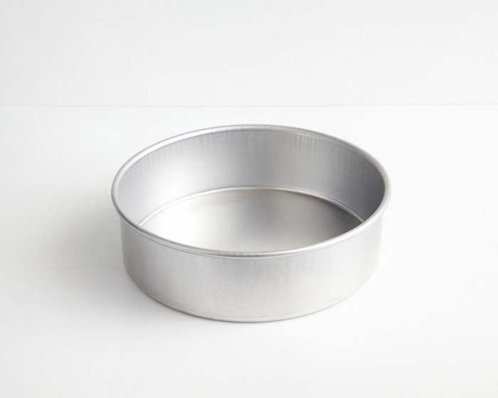 "Professional Aluminum Cake Pans | 8"" Round x 3"" Deep"