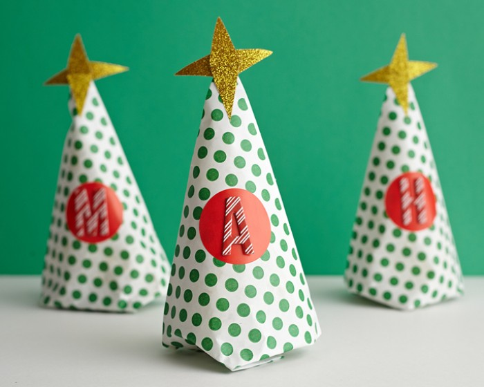 paper christmas tree nut cone favor how-to