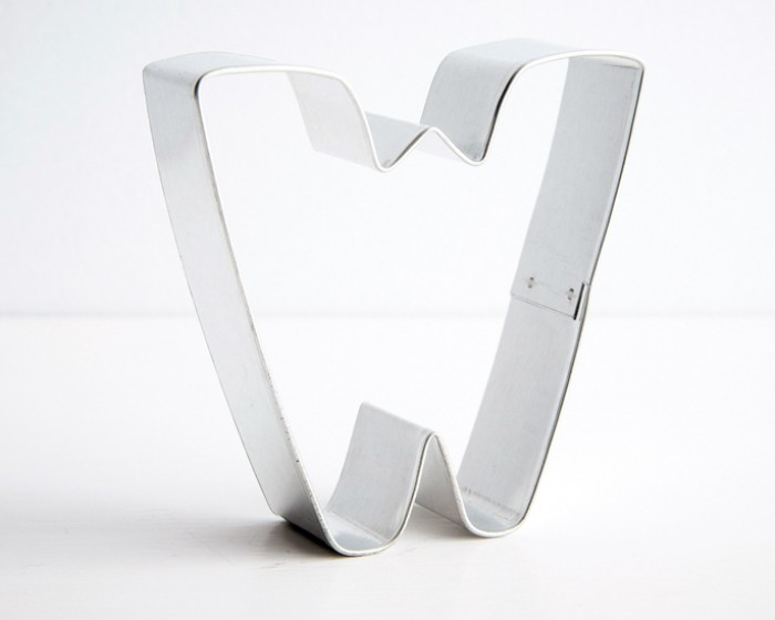 "letter ""w"" shaped cookie cutters"