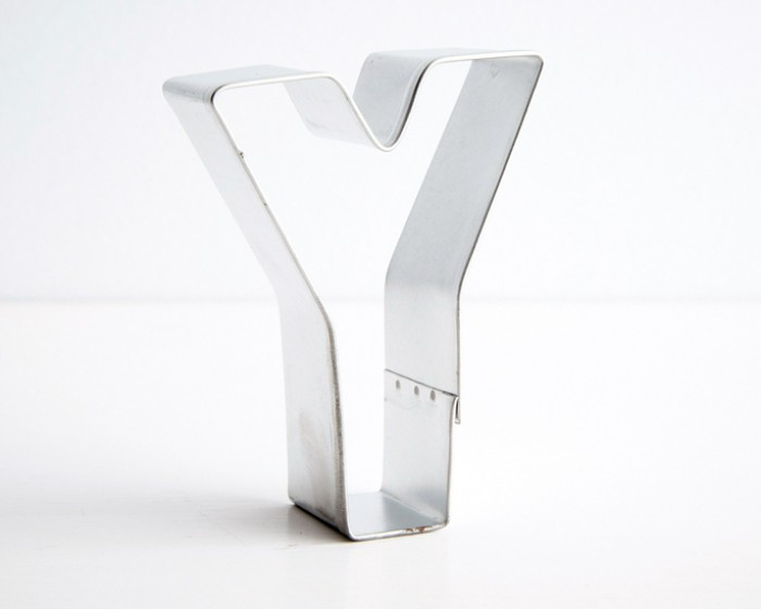 "letter ""y"" shaped cookie cutters"