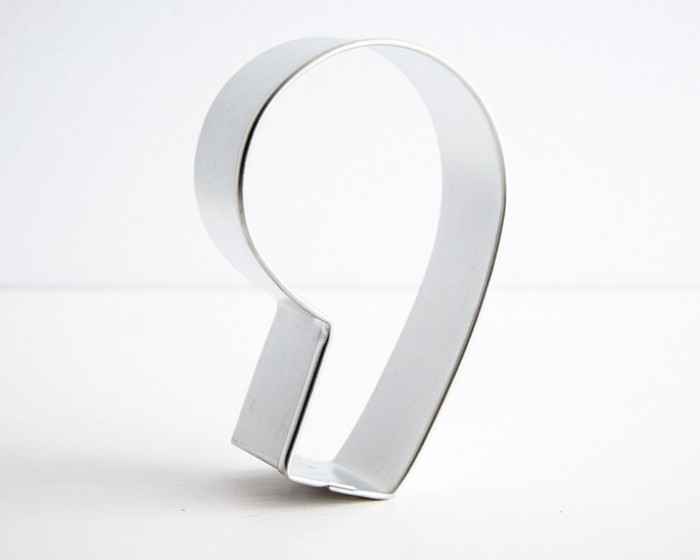 number nine 9 shaped cookie cutter
