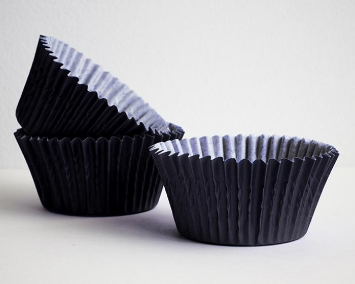 solid standard black baking cup cupcake liners