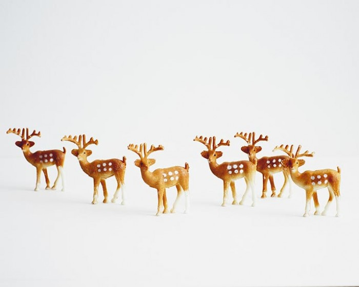 Small Plastic Cake Cupcake Deer Novelty Toppers