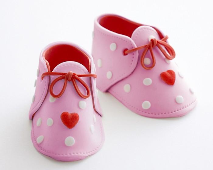 df95256bd gum paste fondant baby shoe how to