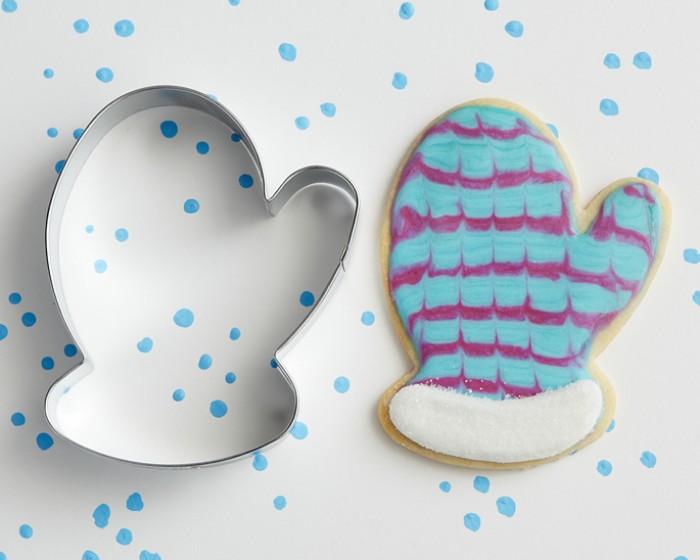 christmas glove mitten shaped cookie cutter