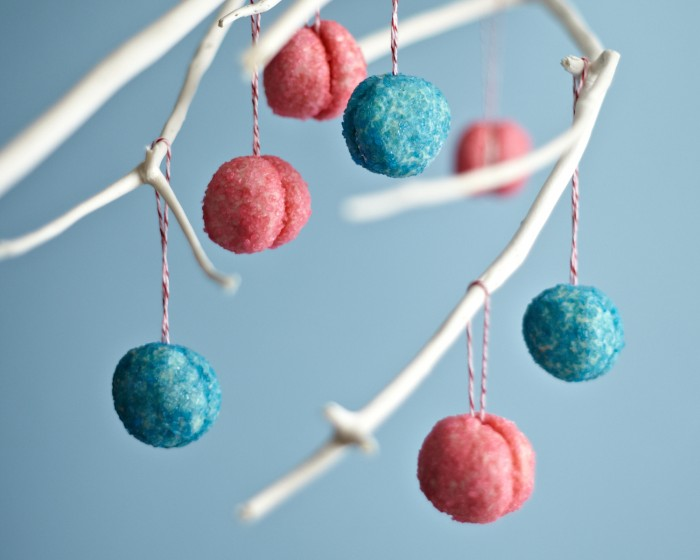 edible ornament pink blue sugar christmas cookies how-to
