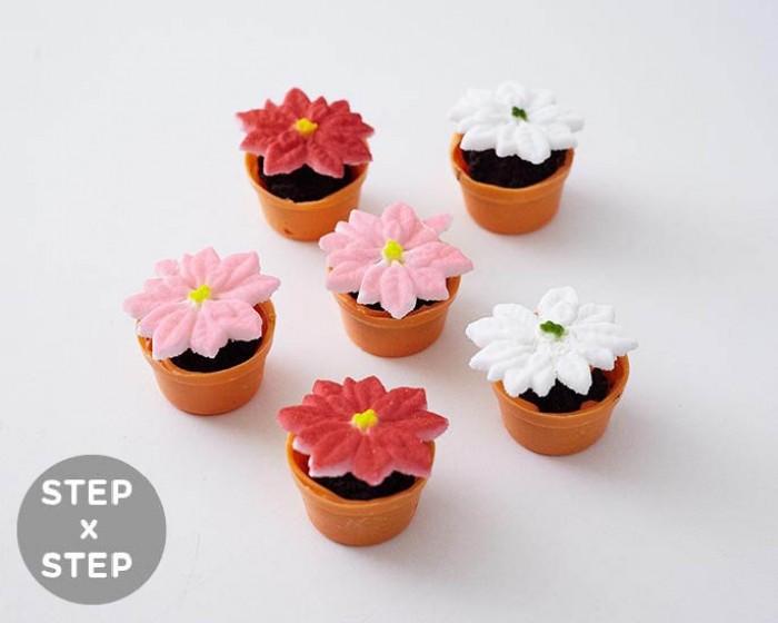 How To Make Mini Poinsettia Cakes for Christmas