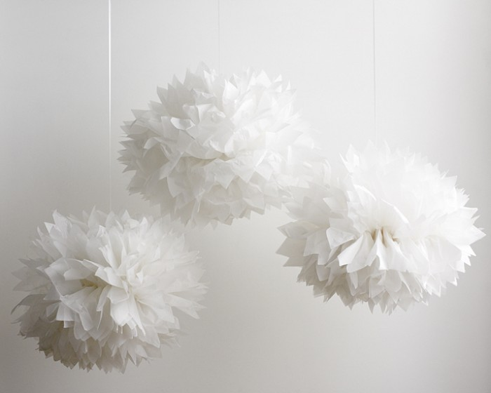"16"" White Pom Pom Hanging Decorations"