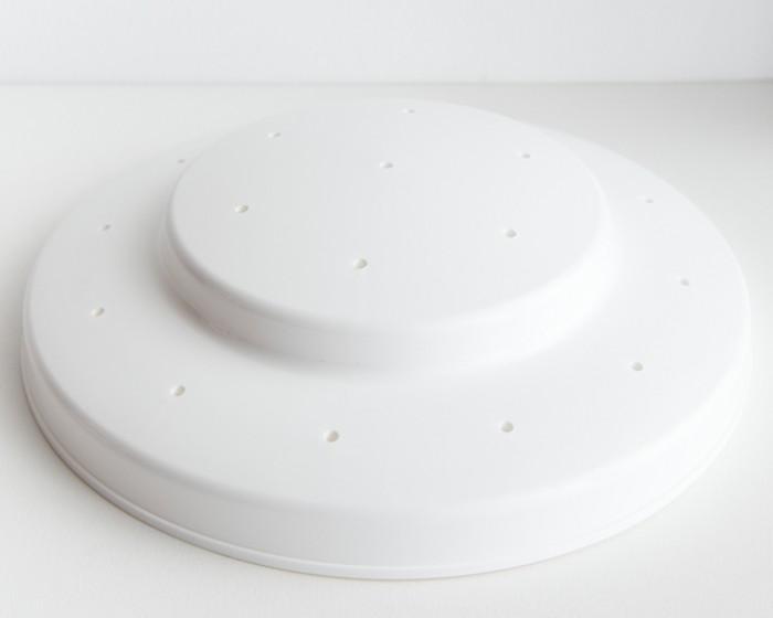 sturdy white plastic cake pop stand display
