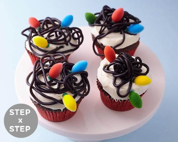 how to make tangled christmas lights cupcakes - Tangled Christmas Lights