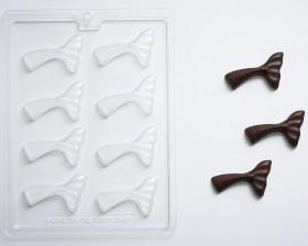 4c94ddaf4d2 Mermaid Tail Fin Chocolate Candy Mold Mermaid Tail Fin Chocolate Candy Mold