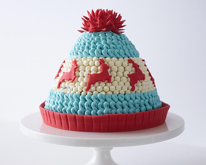 Fantastic How To Make A Knitted Winter Hat Cake Cakegirls Funny Birthday Cards Online Aboleapandamsfinfo