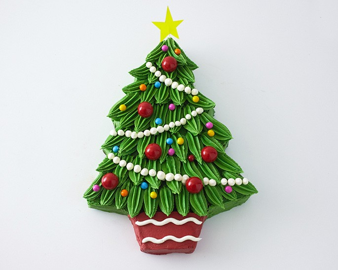 How To Make A Cut Out Xmas Tree Cake