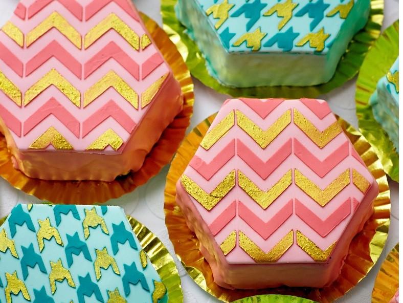 Hexagon Cake Tin Set