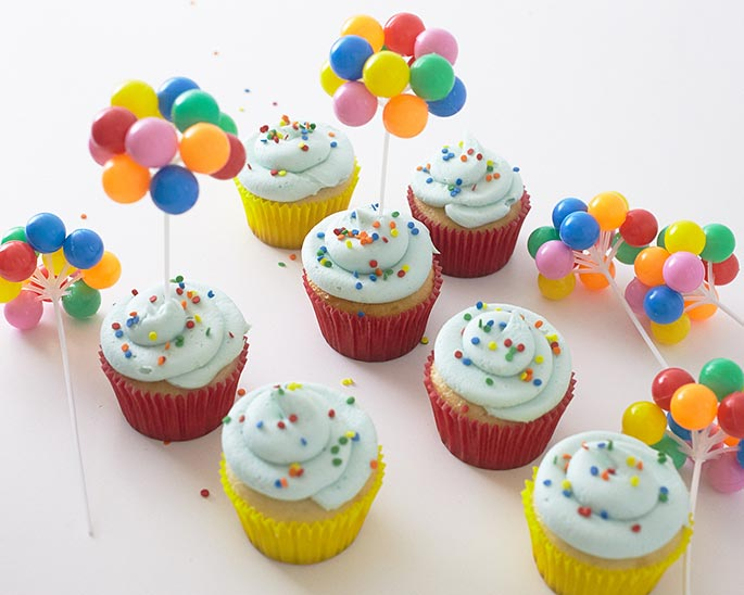Novelty Balloon Circus Cupcakes