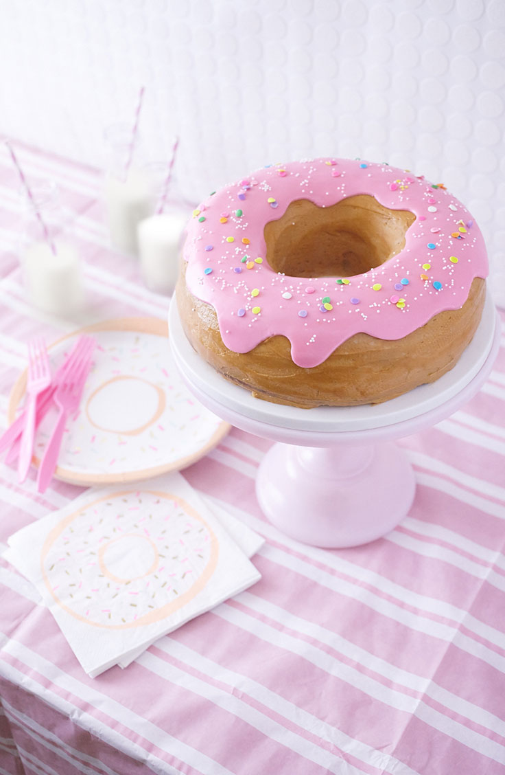 How To make a Donut Cake for a donut Party