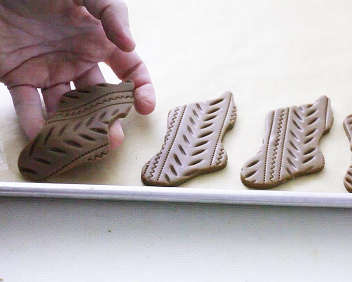 See our step by step tutorial for these easy Christmas Cookies