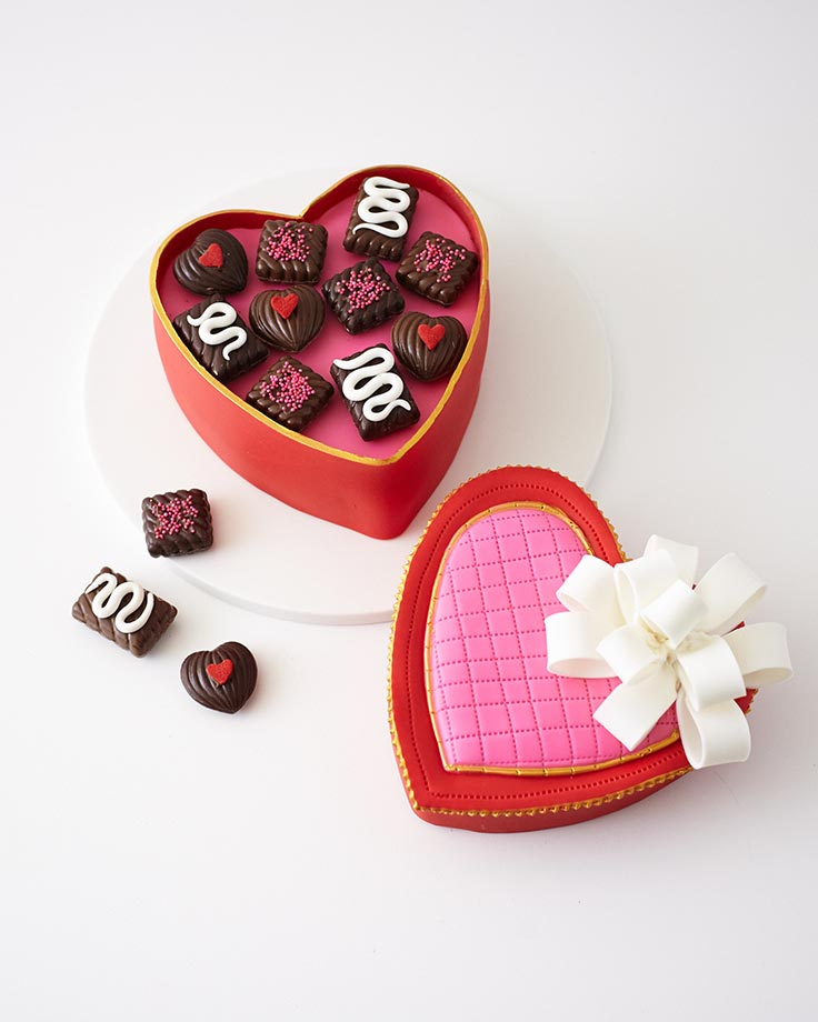How to make a heart candy box cake