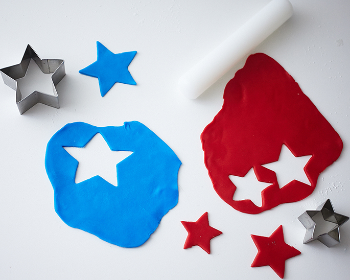 How To Cut Stars from Fondant