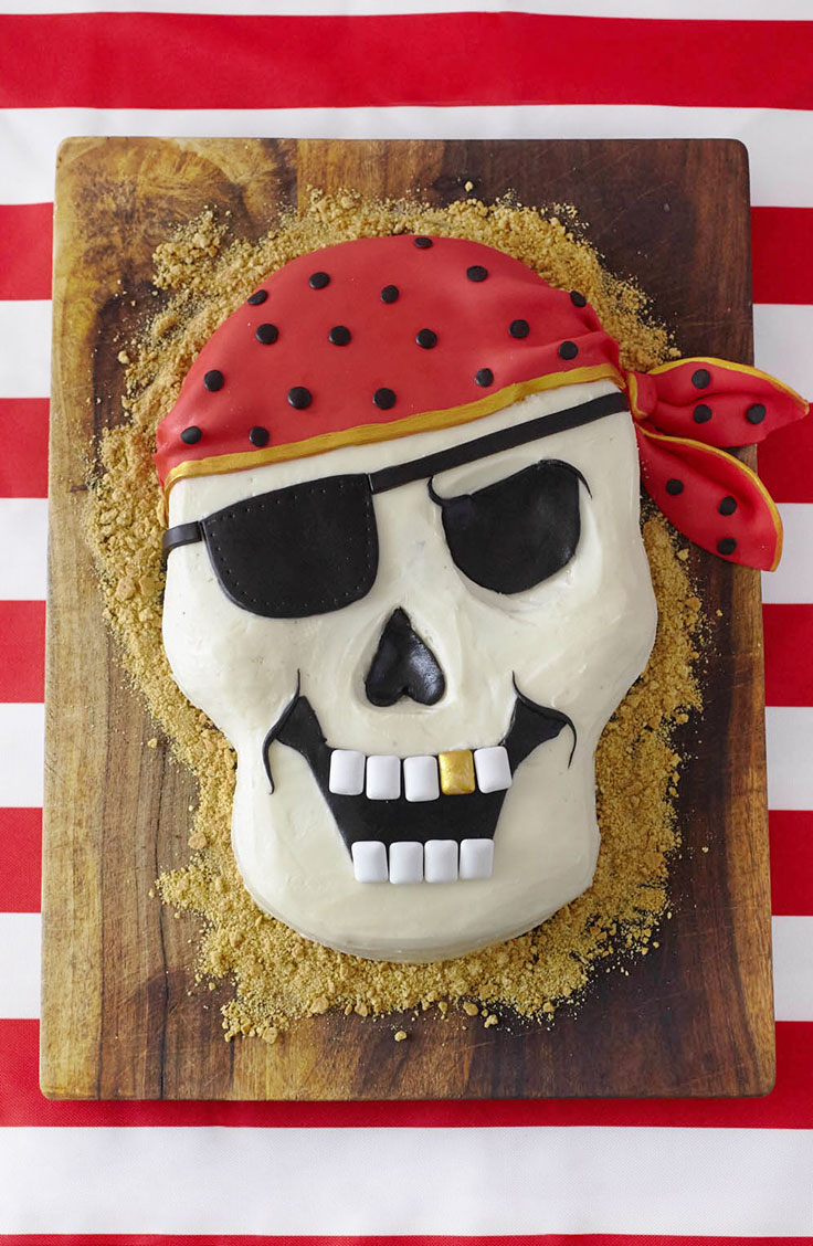 How to make a Pirate Party Themed Cake