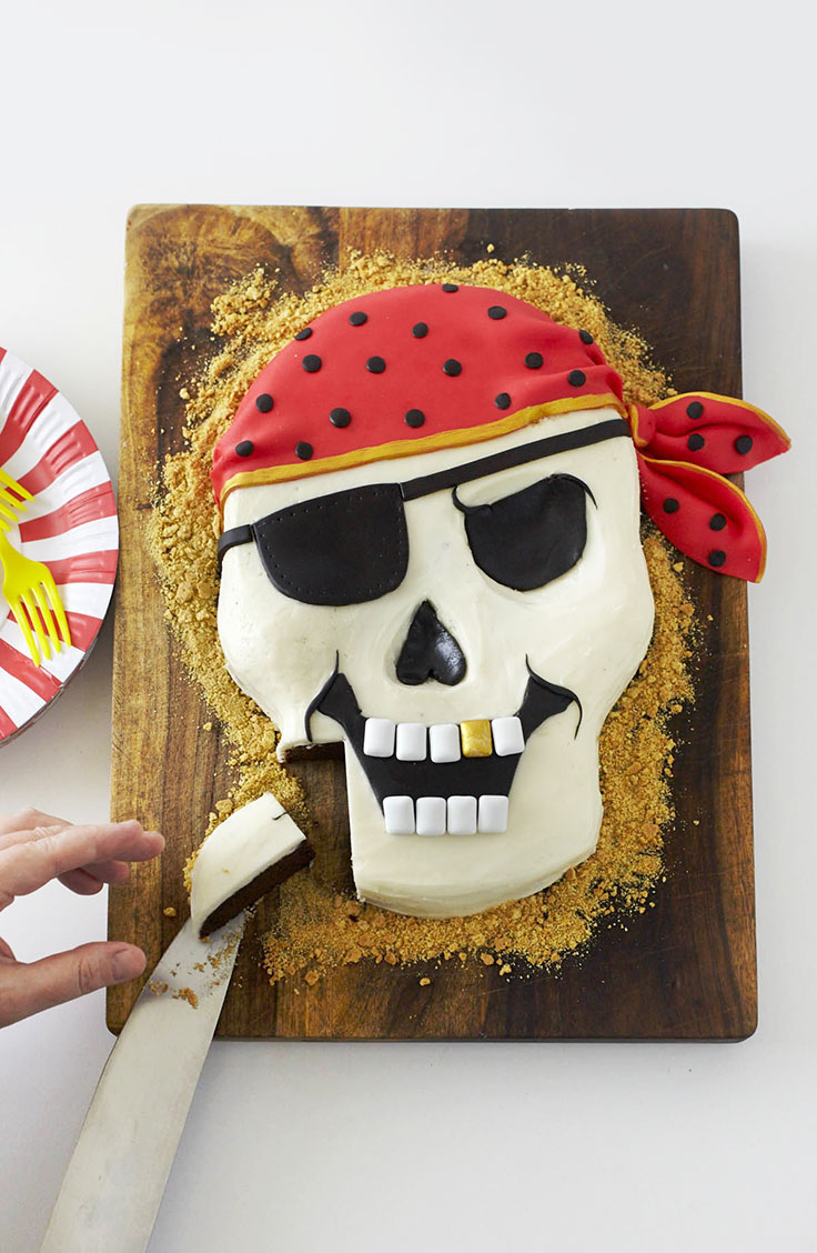 How To Make a Pirate Cake| Cakegirls Step x Step