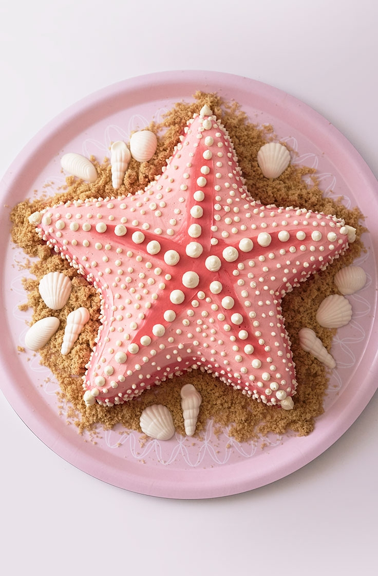 The Finished Buttercream Starfish Cake