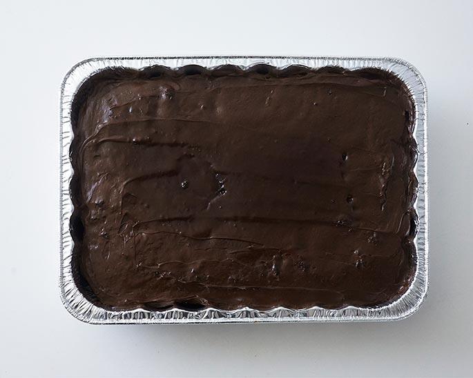 Cake baked in an aluminum pan